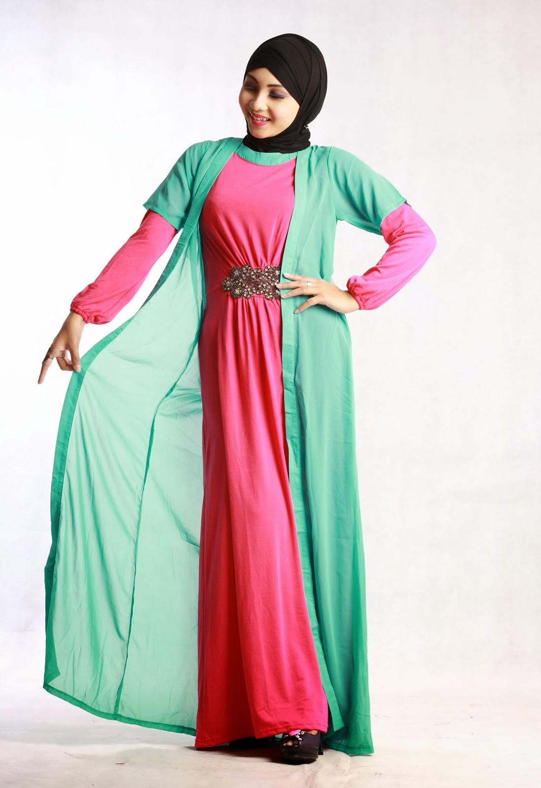 8 Model Baju Muslim Untuk Orang Gemuk Yang Pas