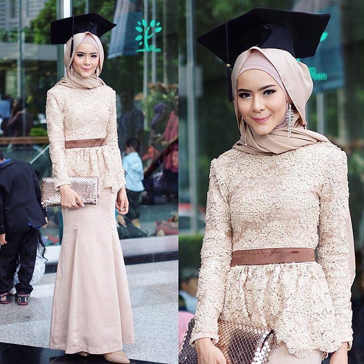 Model Kebaya Wisuda Muslim Yang Lagi Hits