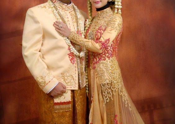 Model Baju Kebaya Muslim Pengantin Jawa Yang Paling Hits