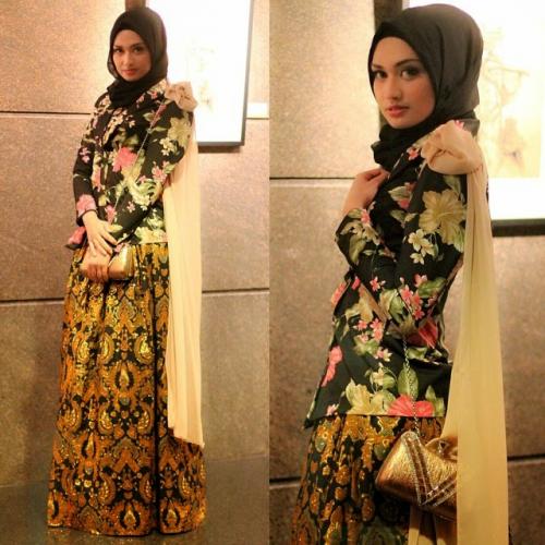 model baju batik muslim untuk pesta yang modern dan sedikit glamor